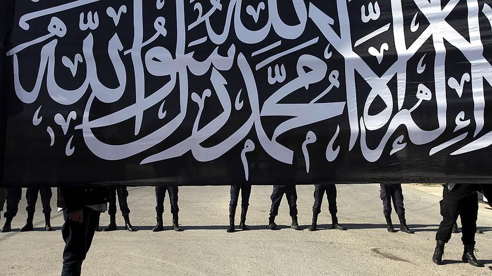 В «Исламское государство» ринулись тысячи новобранцев