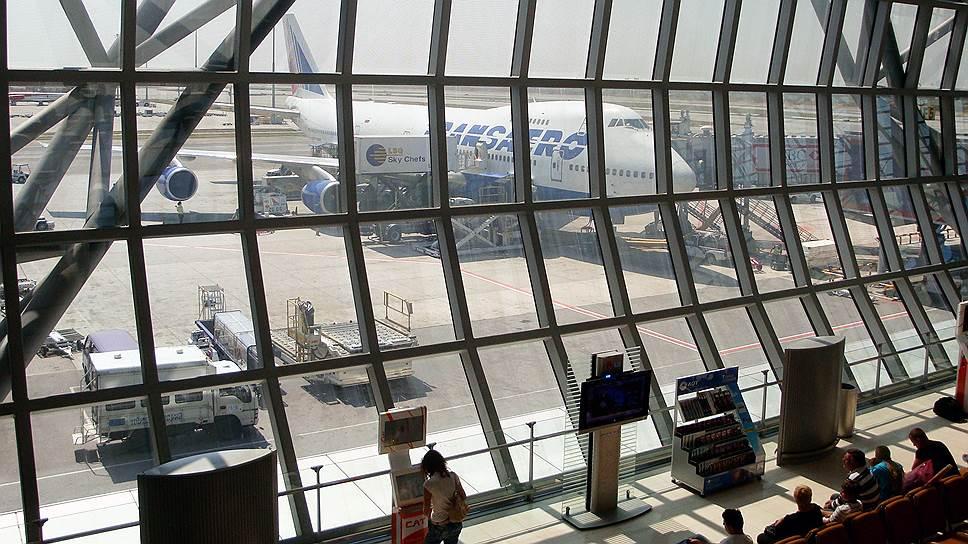 Самолеты «Трансаэро» задерживают в зарубежных аэропортах