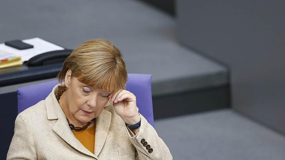 Рейтинг Ангелы Меркель упал до четырехлетнего минимума