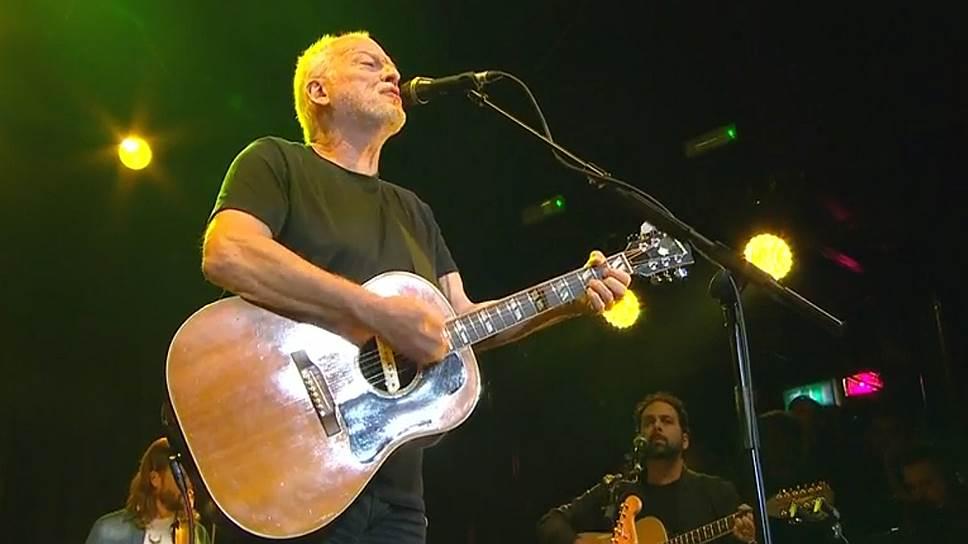 """Выступление экс-лидера Pink Floyd Дэвида Гилмора в компании музыкантов украинской группы """"Бумбокс"""""""