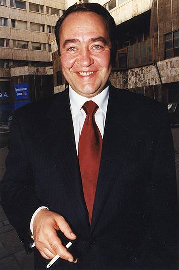 1990-е годы. Министр печати Михаил Лесин