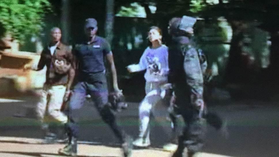 Как в Radisson Hotel в столице Мали захватили заложников