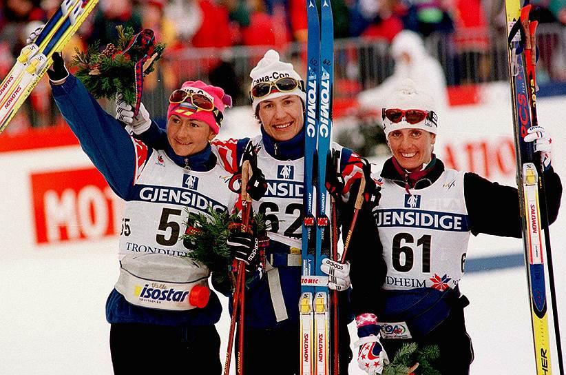 В феврале 1997 года на чемпионате мира по лыжным гонкам в Норвегии в употреблении бромантана была уличена шестикратная олимпийская чемпионка Любовь Егорова (в центре), уже успевшая выиграть гонку на 5 км. Спортсменка была дисквалифицирована на три года (позже срок был снижен на год)