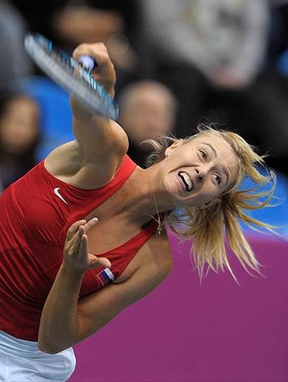 В тот же день российская теннисистка Мария Шарапова объявила на пресс-конференции в Лос-Анджелесе, что не прошла допинг-пробу. Спортсменка призналась, что более десяти лет принимала мельдоний по рекомендации врача и не знала, что с 1 января 2016 года этот препарат был запрещен. Сейчас экс-первой ракетке мира грозит дисквалификация на четыре года