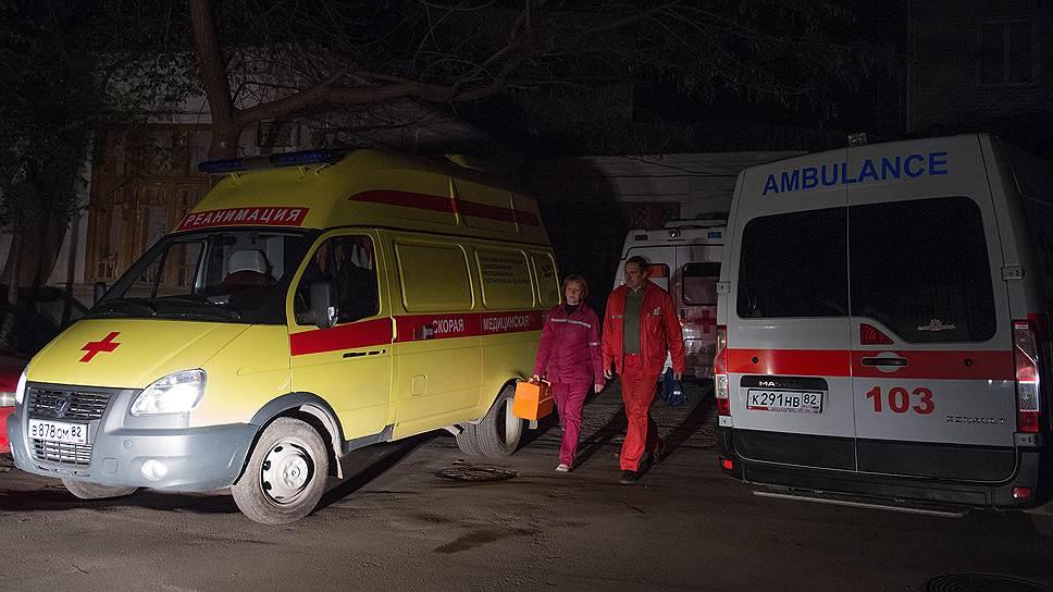 В ночь на воскресенье все населенные пункты Крыма остались без электричества, которое поступает на полуостров с территории Украины