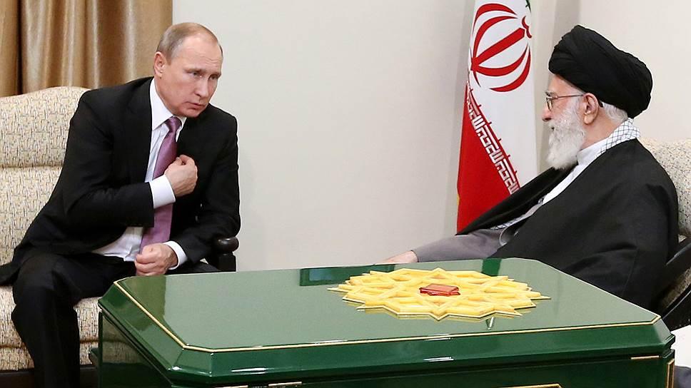 Владимир Путин начал переговоры в Иране с самого главного — с лидера страны аятоллы Хаменеи