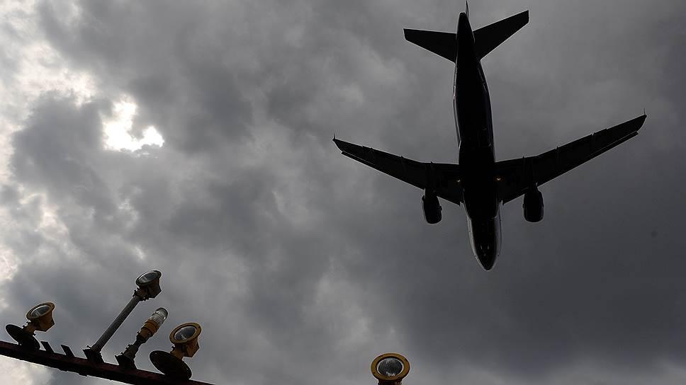 Как Киев втянулся в авиасанкции