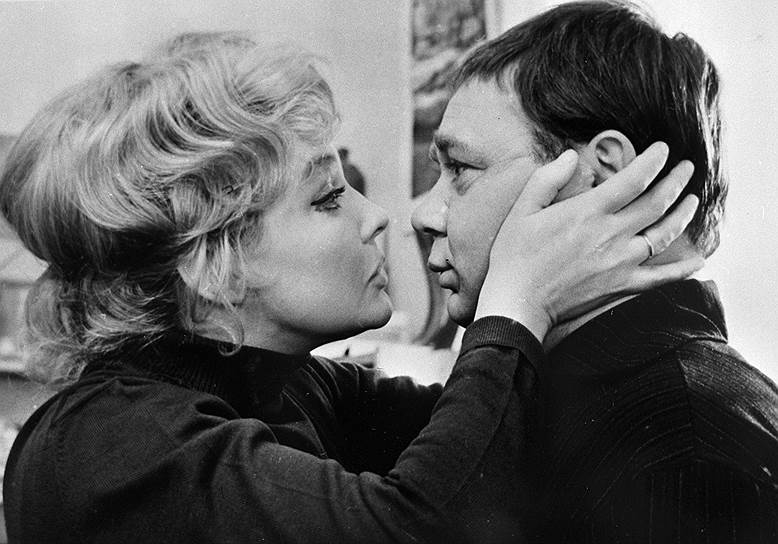 <B>«Зигзаг удачи» (1968)</B><br /> (Сценарий: Эмиль Брагинский, Эльдар Рязанов)<br /> <I>Орешников (Евгений Леонов)</I>: «Я не жадный, я просто хозяйственный».