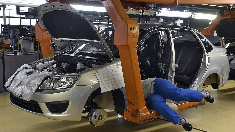 Почему планы АвтоВАЗа переехали на следующий год