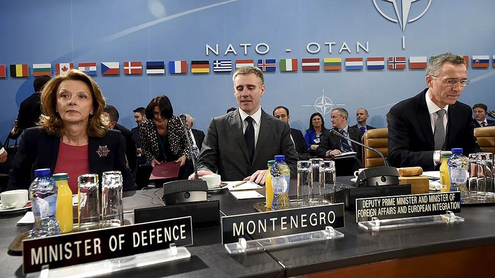 НАТО расширяется на Балканы