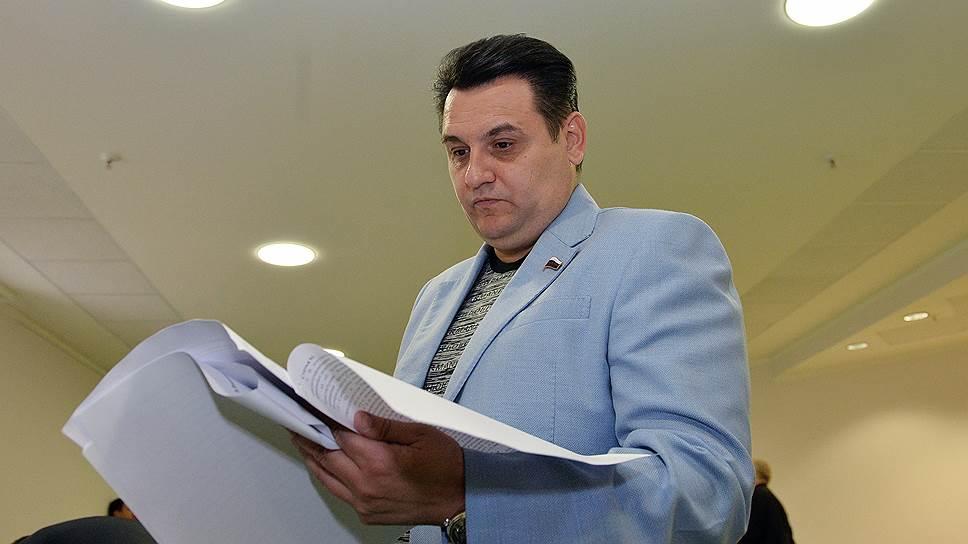 Как Олег Михеев увидел в финансовой несостоятельности политическое будущее