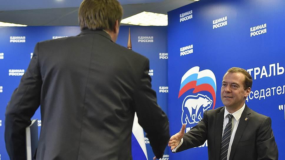 Как губернаторов-единороссов отделяют от партии перед выборами в Госдуму
