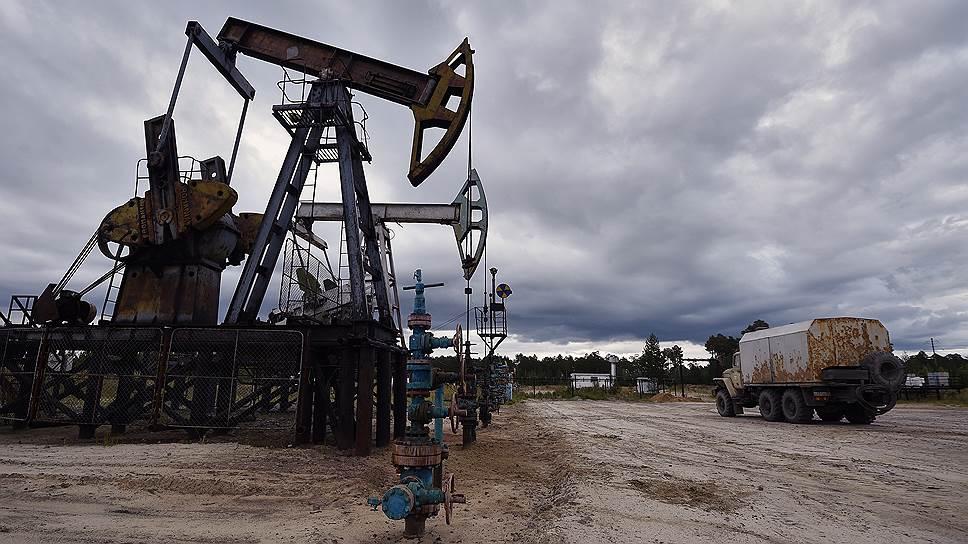 Цена на нефть упала к минимумам 2004 года