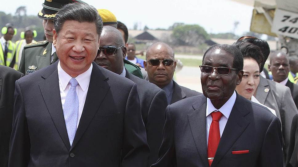 Почему Зимбабве перешла на юани