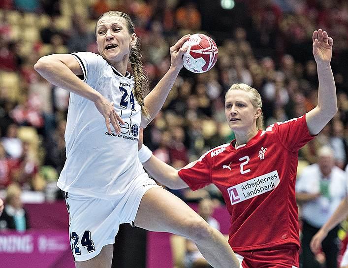 8-9-10 места: сборная России по гандболу (5 очков)<br>Пятое место на чемпионате мира среди женщин