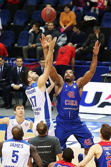 1 место: ЦСКА (11 очков)<br>Пять побед в чемпионате Единой лиги ВТБ, три победы в Евролиге