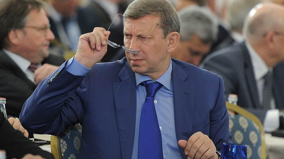 Владимир Евтушенков остался без дела