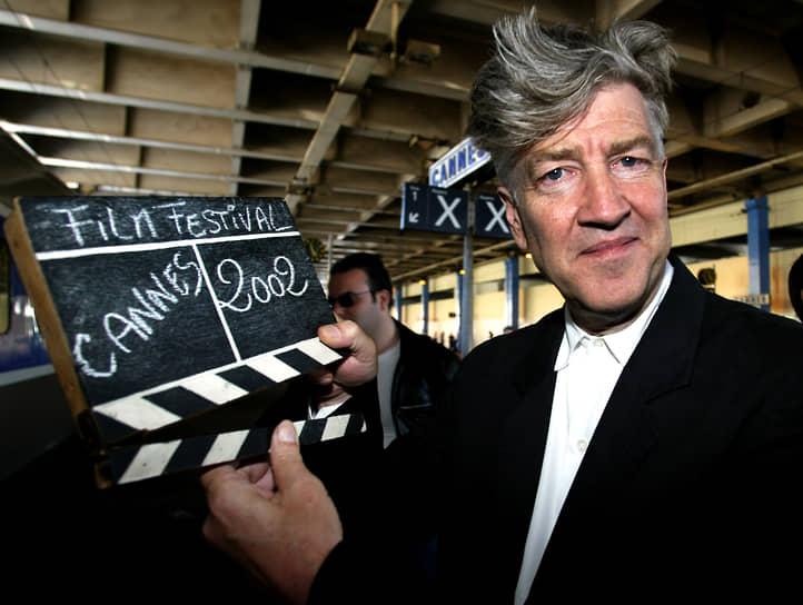 «Не забывайте: я делаю фантастическое кино. Не надо самому страдать, чтобы показать страдание. И зрители не любят сами страдать, зато охотно смотрят на страдания других. Мои сны, если уж о них речь, нормальны и даже примитивны. Люблю грезить наяву, сидя днем в удобном кресле. Я курю, люблю французское красное вино, а вместо наркотиков прибегаю к медитации, поверьте, она открывает совершенно новые горизонты. Я уважаю точные науки — математику, химию, я очень высокого мнения об умственном потенциале человека, который еще далеко не освоен»