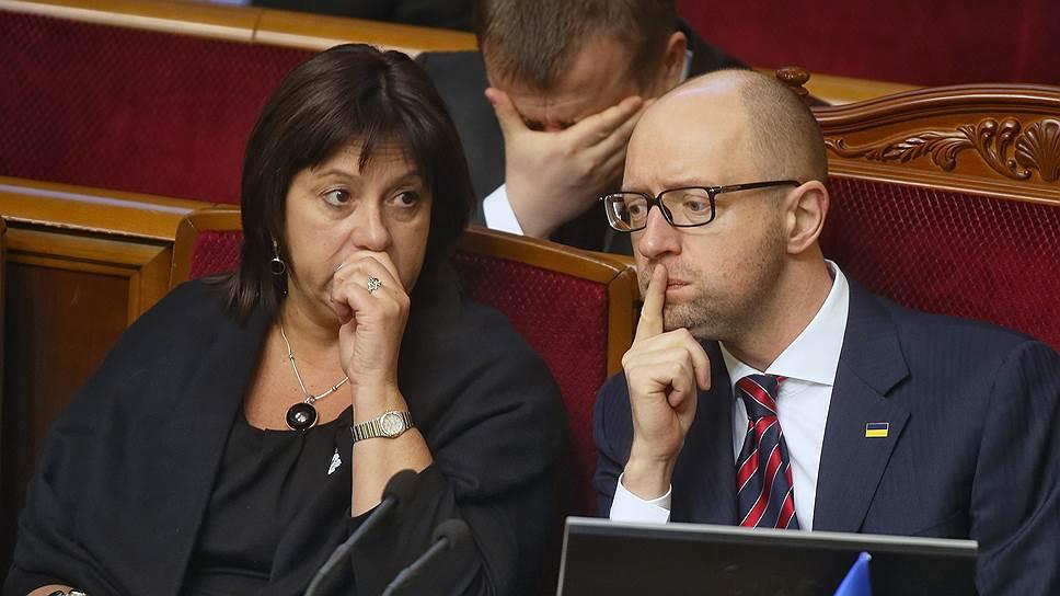 Министр финансов Украины Наталья Яресько и премьер-министр Украины Арсений Яценюк