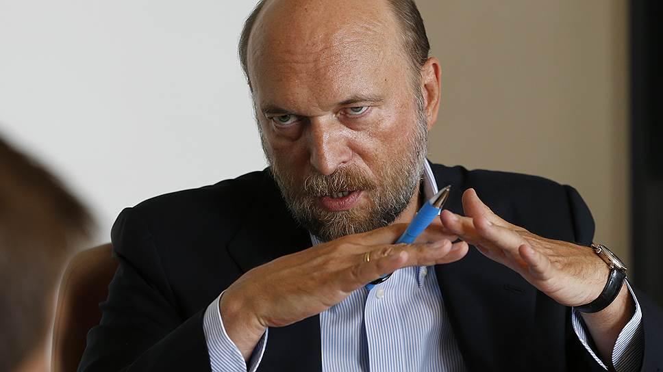Бенефициар банкротящегося Межпромбанка Сергей Пугачев
