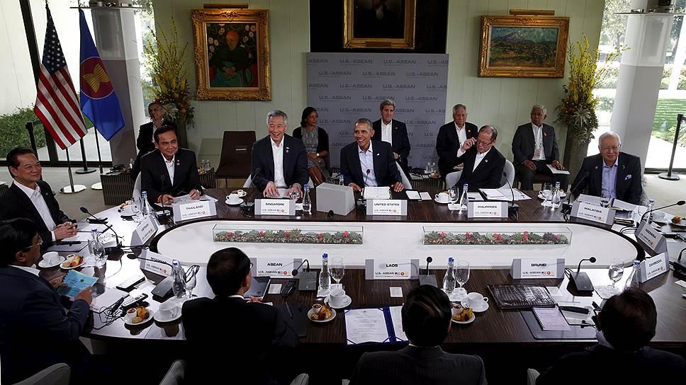 Зачем Барак Обама пригласил к себе Юго-Восточную Азию