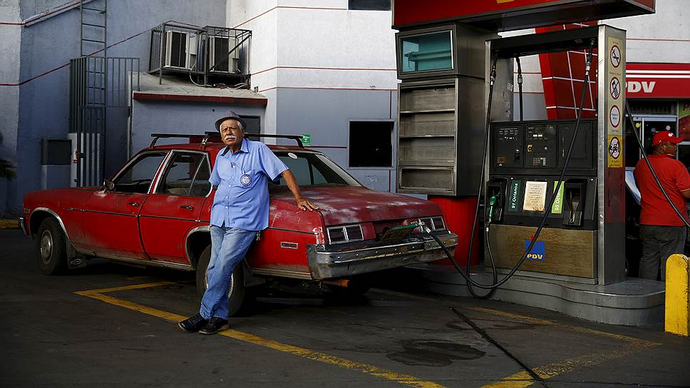 Венесуэла подняла цены на бензин в шесть раз