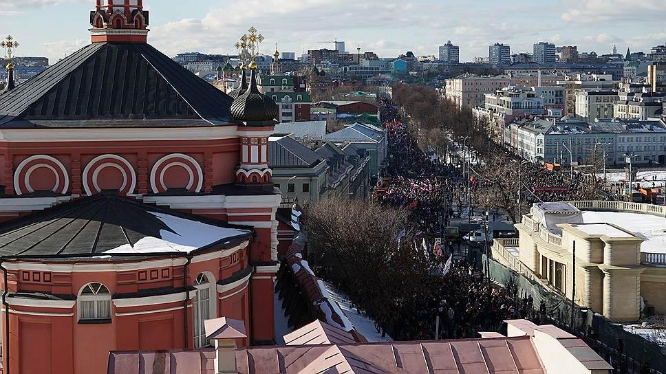 Шествие памяти убитого политика Бориса Немцова по Бульварному кольцу от Страстного бульвара до проспекта Сахарова