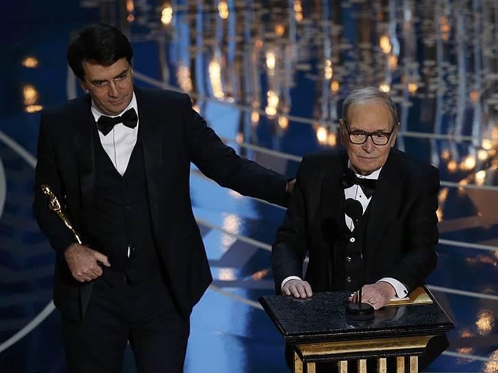 Эннио Морриконе получил «Оскар» за музыку к фильму «Омерзительная восьмерка»