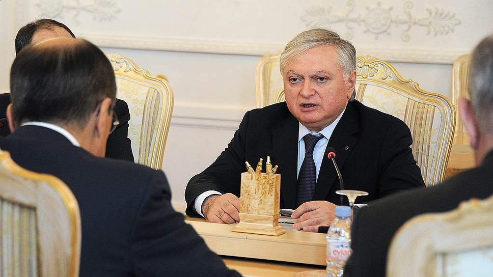 «В том, что решение конфликта до сих пор не найдено, виноваты не посредники и не Ереван»