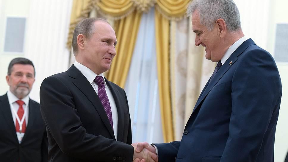 Как Томислав Николич заверил Россию, что Сербия не войдет в НАТО