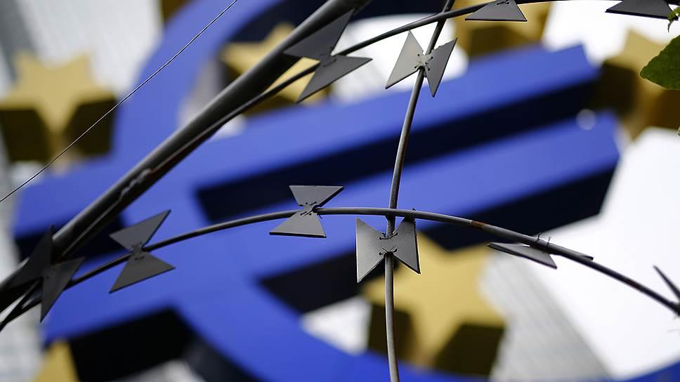 Почему Deutsche Bank и другие европейские банки приняли решение не участвовать в размещении российских государственных облигаций