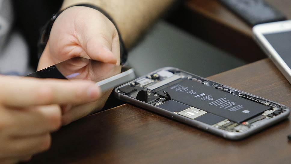 ФБР вскрыло iPhone самостоятельно