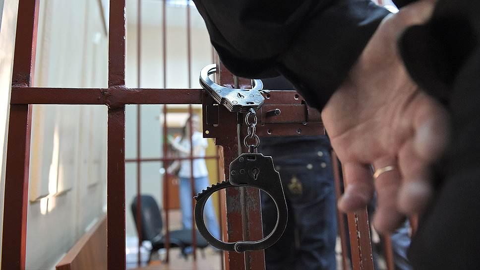 Как суд продлил срок ареста предпринимателю Альберту Ларицкому