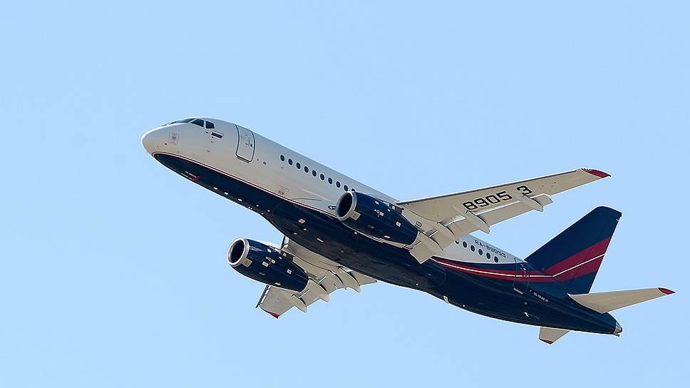 За счет чего производителю самолета Sukhoi Superjet 100 удалось улучшить финансовый результат