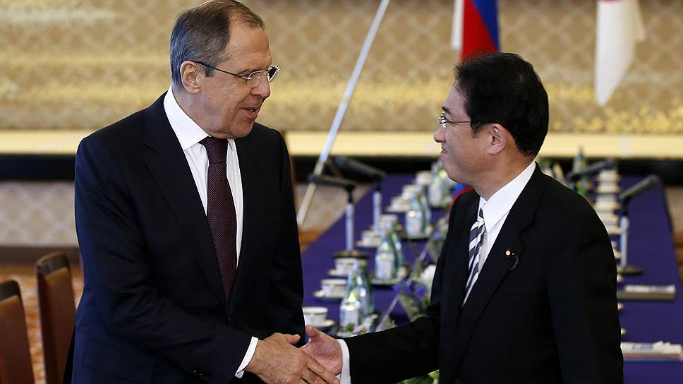 Министр иностранных дел России Сергей Лавров и министр иностранных дел Японии господин Фумио Кисидо
