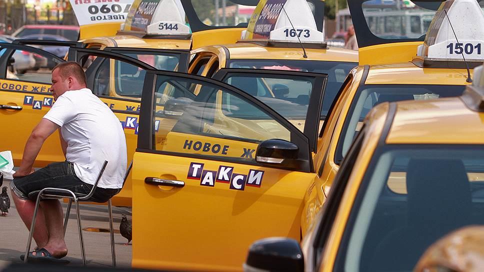 Автошколы предложили улучшить дисциплину среди перевозчиков