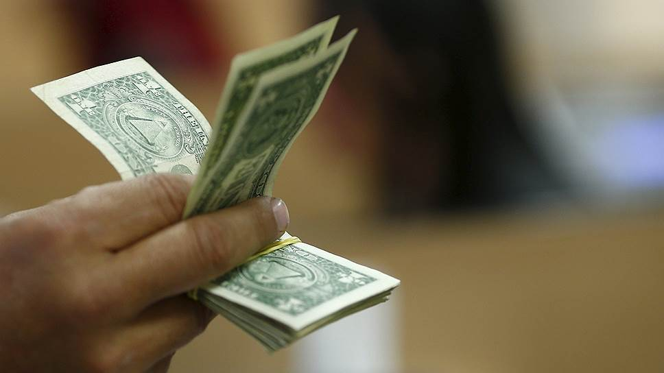 Почему в Зимбабве ввели ограничения на операции с валютой