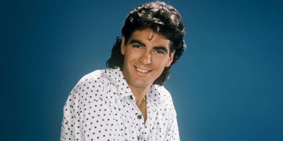 «Настоящий успех пришел ко мне уже после тридцати. Я отлично помню, как сидел на полу в кладовке, в доме у своего приятеля, совершенно разбитый. Мои друзья собирались пойти поужинать, съесть по гамбургеру, а у меня на это не было денег. Они, конечно, могли за меня заплатить, но я этого не хотел. Такое случалось не раз»<br> Джордж Клуни переехал в Лос-Анджелес в начале 1980-х, чтобы начать актерскую карьеру. Для него это было время бесконечных проб, которые всякий раз оканчивались неудачей