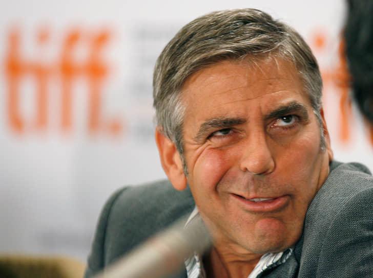 """В 2013 году фильм «Операция """"Арго""""», сопродюсером которого выступил Джордж Клуни, получил главные премии «Оскар» и Британской киноакадемии. Снятый Джорджем Клуни в 2017 году триллер «Субурбикон» был номинирован на «Золотого льва» Венецианского фестиваля"""