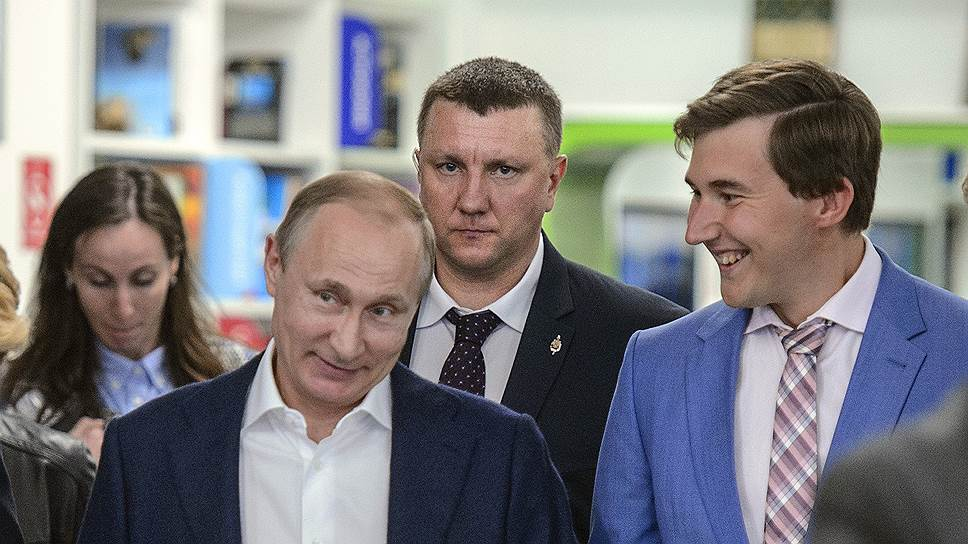 Как Владимир Путин открыл шахматную секцию в сочинской школе «Сириус»