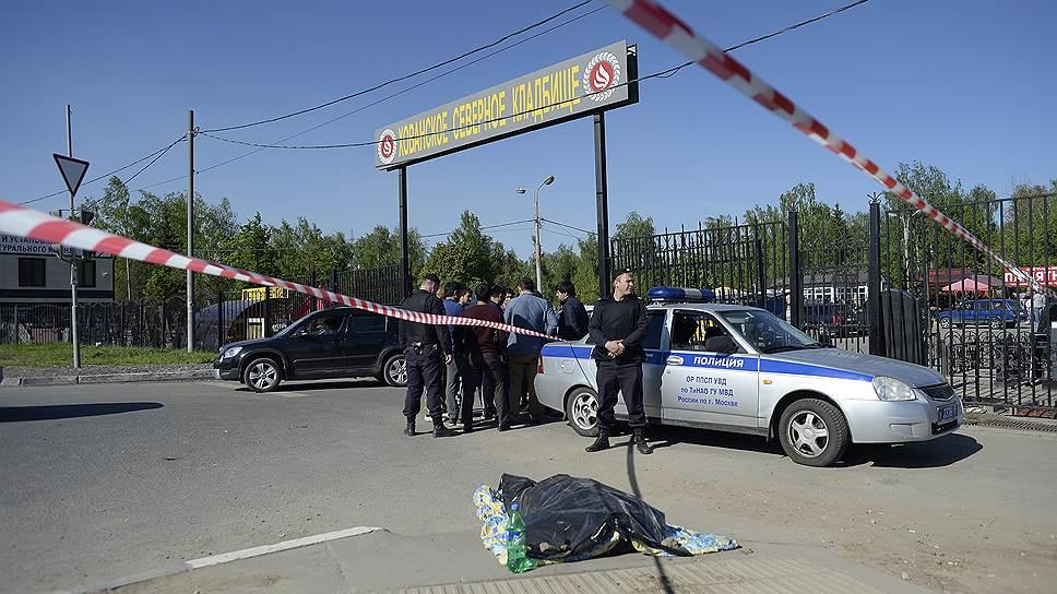 В массовой драке на Хованском кладбище погибли три человека