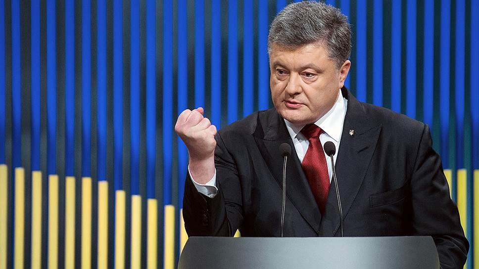 Почему Петр Порошенко назвал декоммунизацию вопросом национальной безопасности