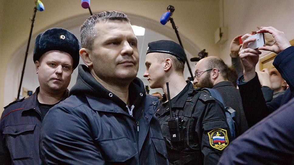 Как Дмитрий Каменщик расплатился за себя и за Россию