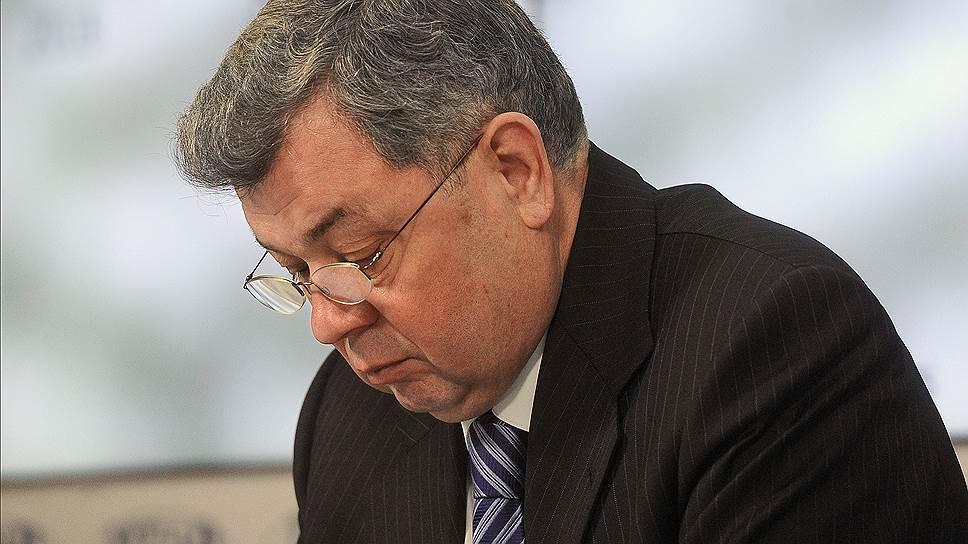 Губернатор Калужской области Анатолий Артамонов