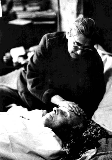 14 декабря 1989 года Андрей Сахаров умер от остановки сердца в своей квартире на улице Чкалова в Москве