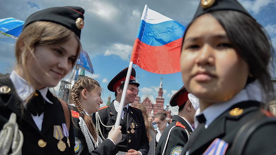 Как власти хотят повысить популярность русского языка за рубежом