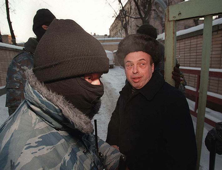 11 февраля 1986 года советский правозащитник Натан Щаранский (на фото), приговоренный в июле 1978 года к 13 годам за шпионаж, обменян на чешских агентов-нелегалов Карла Кехера и его жену Хану, сумевших стать внештатными сотрудниками ЦРУ