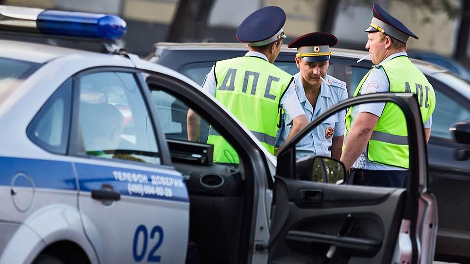гелендваген на котором золотая молодежь уходила от полиции принад...