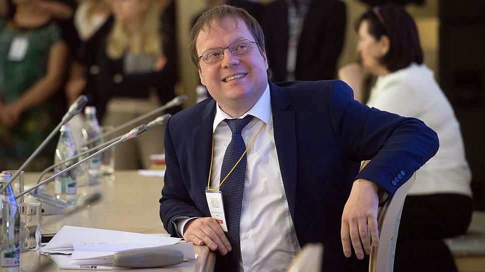 Член Общественной палаты, вице-президент Федеральной палаты адвокатов РФ Владислав Гриб