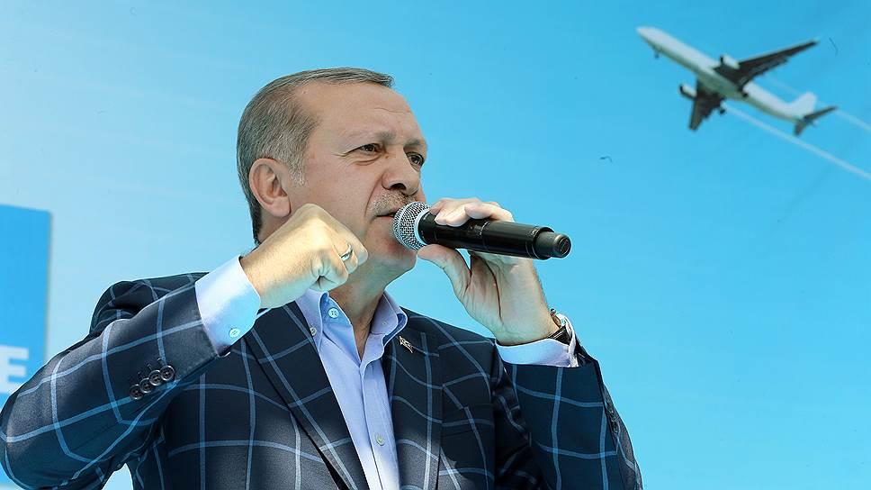 Что президент Турции называл причиной кризиса в отношениях с Россией